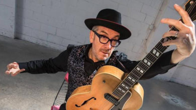 Photo of Elvis Costello publica el nuevo tema «No Flag»