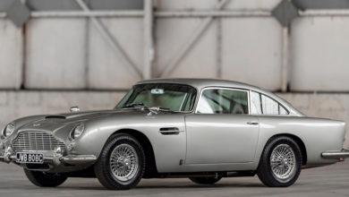 """Photo of Vuelven a fabricar el mítico Aston Martin de James Bond en """"Goldfinger"""" luego de 55 años"""