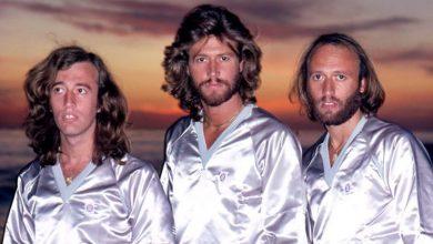 Photo of Uno de los Bee Gees reveló que tuvo que echar de su casa a Michael Jackson tras componer juntos una canción todavía inédita