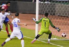 Photo of Con ayuda del árbitro, Costa Rica venció a El Salvador en eliminatoria de Concacaf